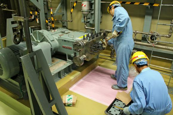 0420N-Decommissioning-Business_article_main_image.jpg